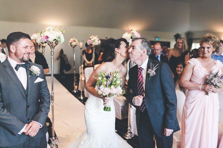 Katie&Sean-Tulfarris-Hotel&Golf-Resort-Wicklow-wedding-photography-irish-wedding-vintage-natural-dress-unique-love-artweddingphotography -270