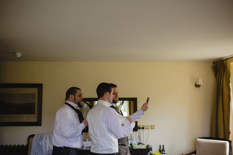 Destiantion-wedding-photographer-ireland-spain-italy-greece-austria-scotland036