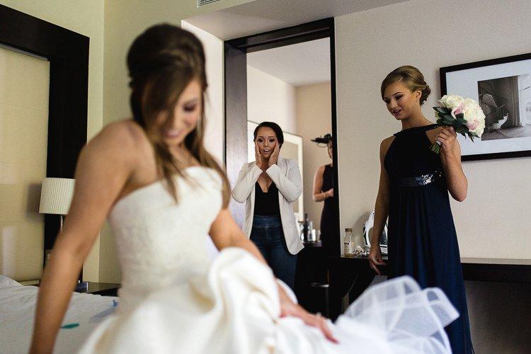 Destiantion-wedding-photographer-ireland-spain-italy-greece-austria-scotland048