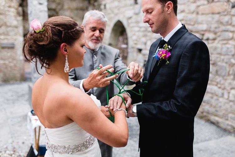 Destiantion-wedding-photographer-ireland-spain-italy-greece-austria-scotland075