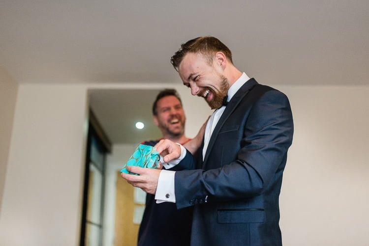 Destiantion-wedding-photographer-ireland-spain-italy-greece-austria-scotland096