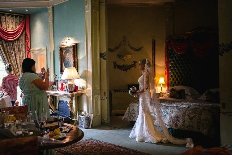 Destiantion-wedding-photographer-ireland-spain-italy-greece-austria-scotland136