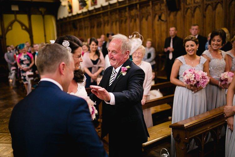 Destiantion-wedding-photographer-ireland-spain-italy-greece-austria-scotland152