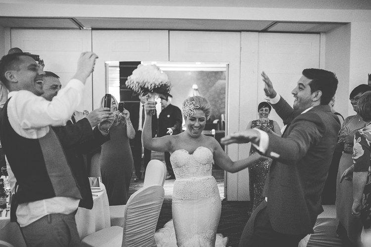 Destiantion-wedding-photographer-ireland-spain-italy-greece-austria-scotland312