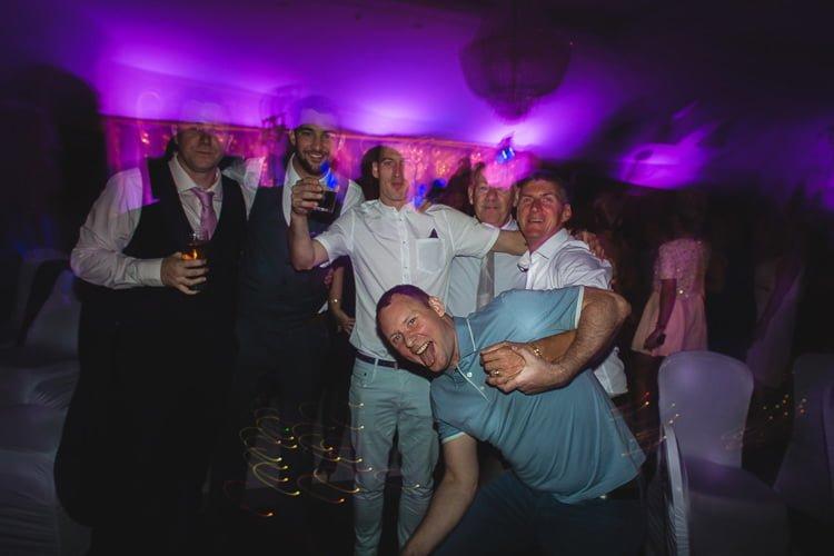 Destiantion-wedding-photographer-ireland-spain-italy-greece-austria-scotland317