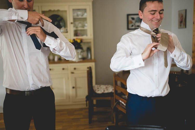 Destiantion-wedding-photographer-ireland-spain-italy-greece-austria-scotland330