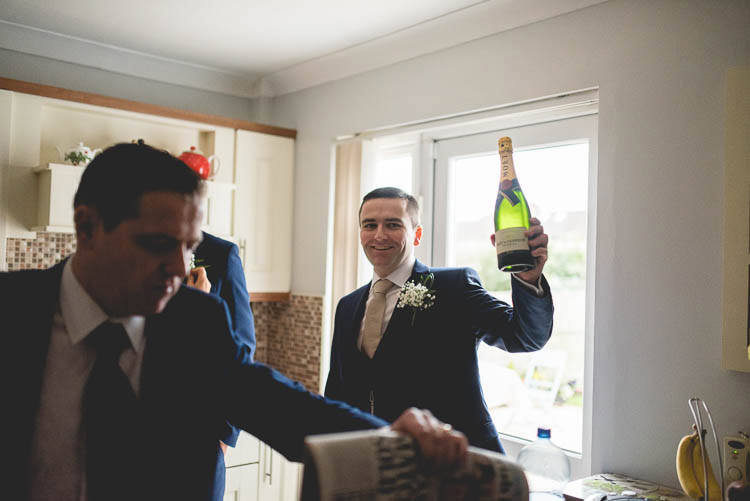 Destiantion-wedding-photographer-ireland-spain-italy-greece-austria-scotland335