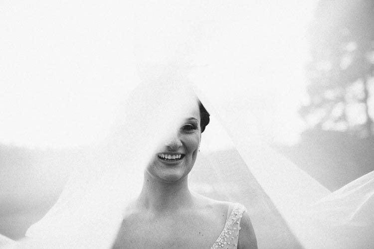 Destiantion-wedding-photographer-ireland-spain-italy-greece-austria-scotland343