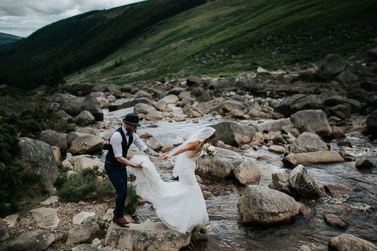 Elopement-wedding-ireland-Destiantion-wedding-photographer-ireland-spain-italy-greece-austria-scotland213