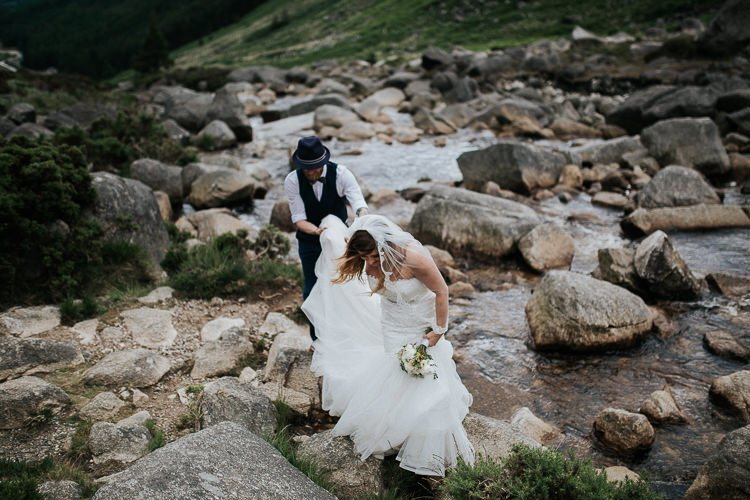 Elopement-wedding-ireland-Destiantion-wedding-photographer-ireland-spain-italy-greece-austria-scotland214