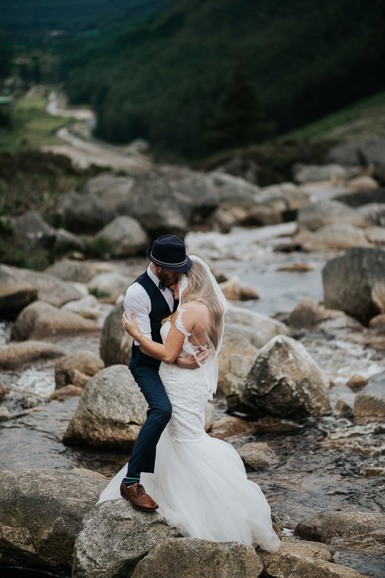 Elopement-wedding-ireland-Destiantion-wedding-photographer-ireland-spain-italy-greece-austria-scotland215