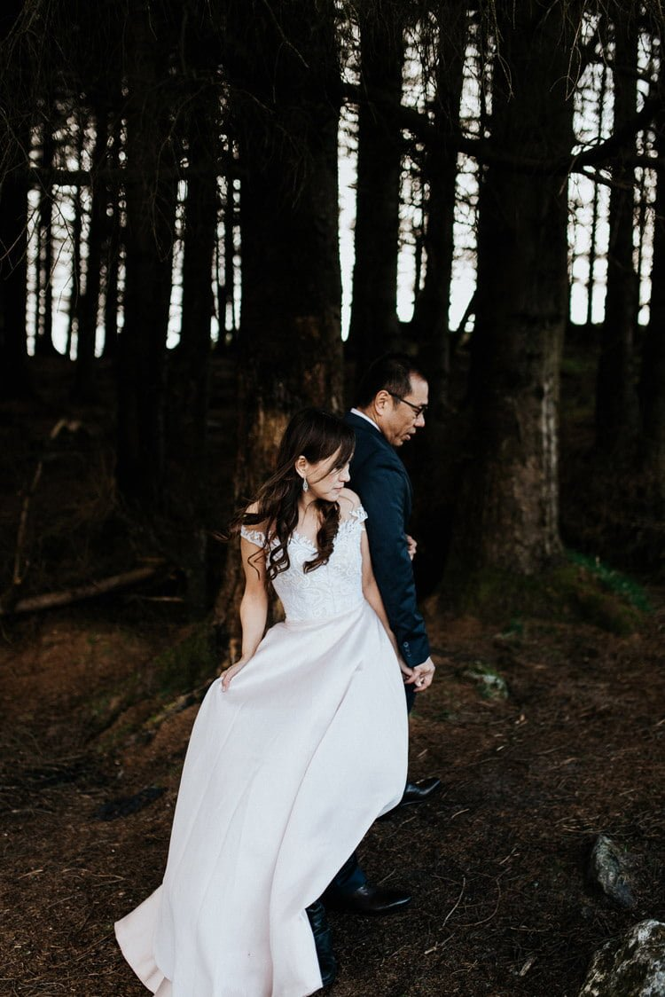 010-Destination-wedding-photographer-ireland-anniversary-session-filipins-couple-in-love