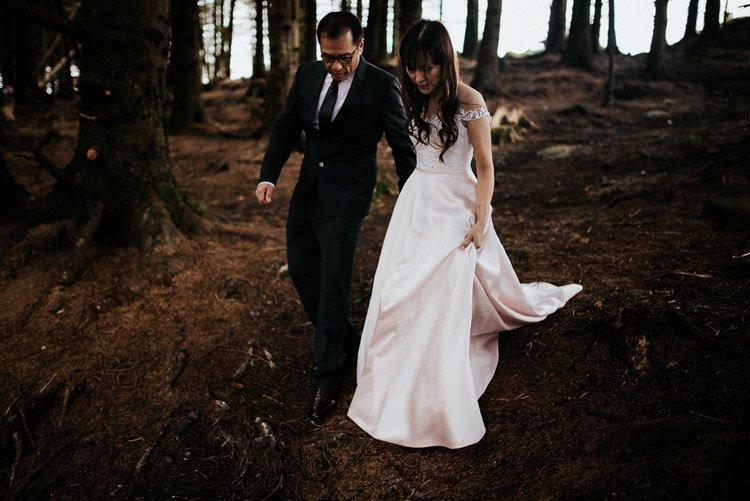 022-Destination-wedding-photographer-ireland-anniversary-session-filipins-couple-in-love