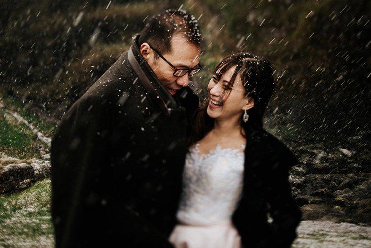 044-Destination-wedding-photographer-ireland-anniversary-session-filipins-couple-in-love