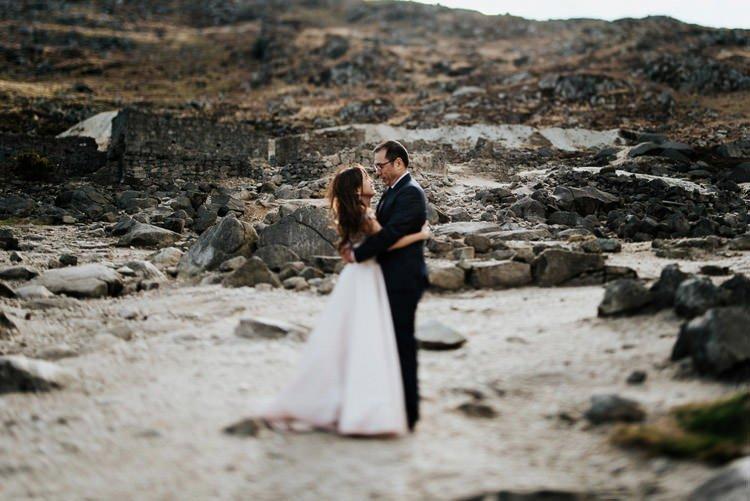 059-Destination-wedding-photographer-ireland-anniversary-session-filipins-couple-in-love