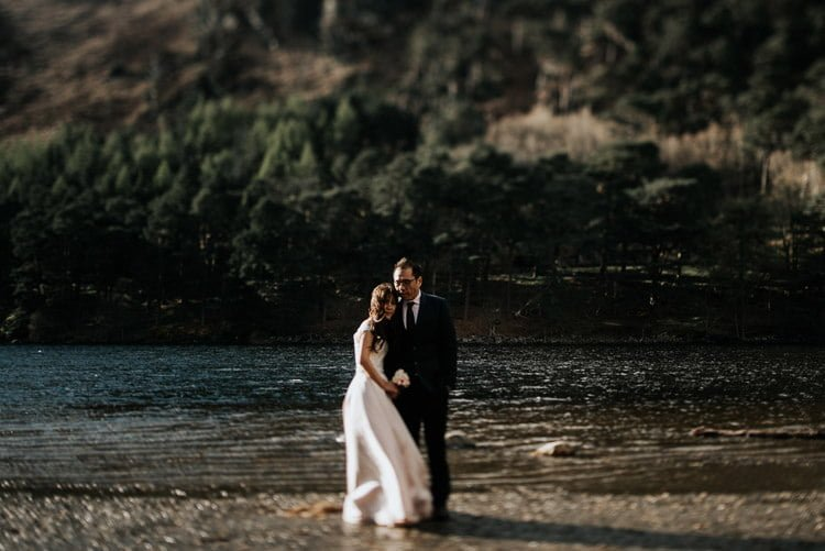 086-Destination-wedding-photographer-ireland-anniversary-session-filipins-couple-in-love