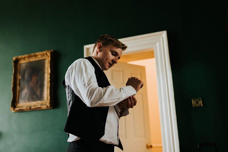 046-kinnitty-castle-hotel-wedding-alernative-wedding-photographer-ireland