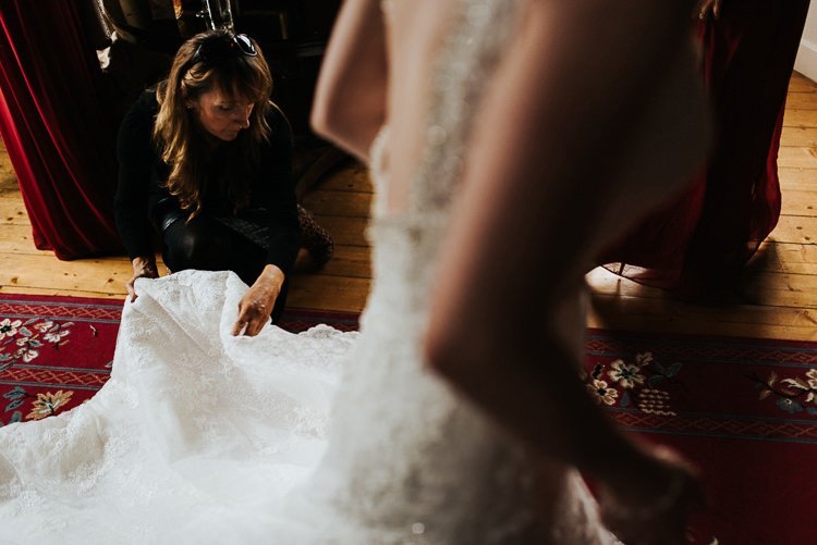 075-kinnitty-castle-hotel-wedding-alernative-wedding-photographer-ireland