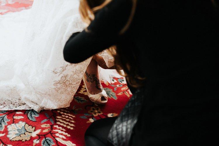 076-kinnitty-castle-hotel-wedding-alernative-wedding-photographer-ireland