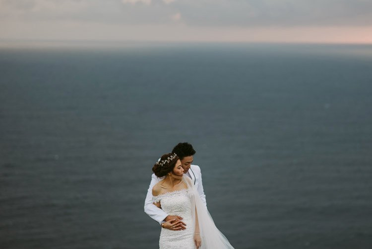 080-cliffs-of_moher-intimate-elopement-wedding_session
