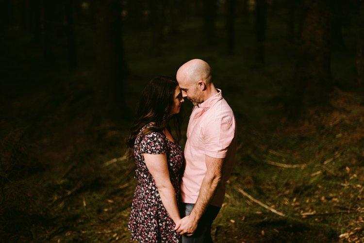 020-engagement-session-love-in-dublin