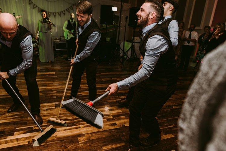268-rustic-wedding-kerry-destination-photographer