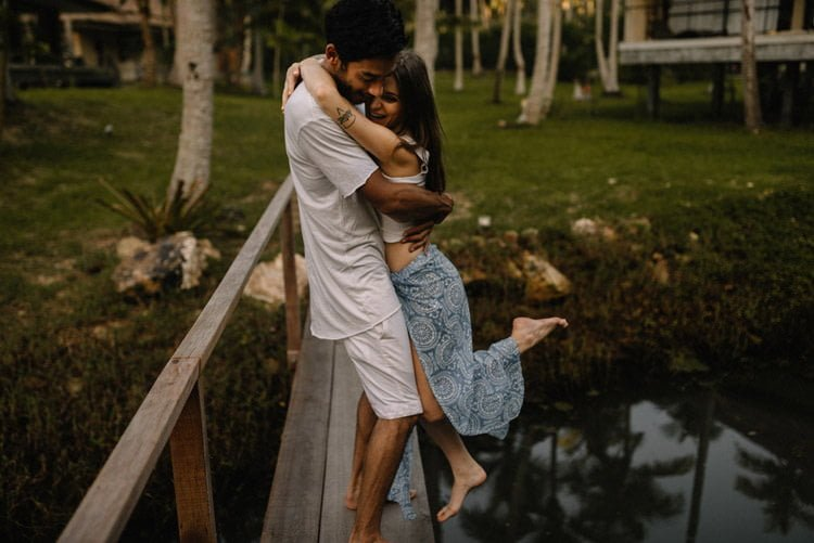 026 thailand wedding photographer koh samui love session couple in love