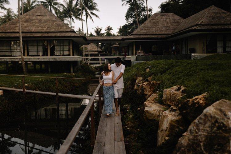 031 thailand wedding photographer koh samui love session couple in love
