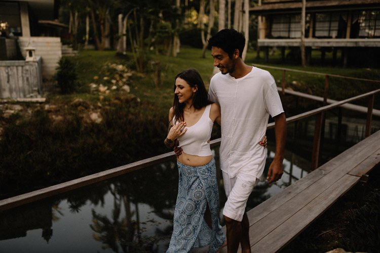 032 thailand wedding photographer koh samui love session couple in love