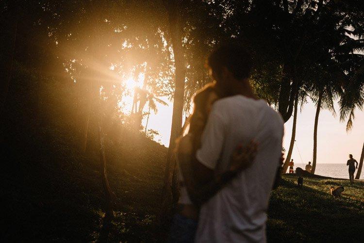 037 thailand wedding photographer koh samui love session couple in love