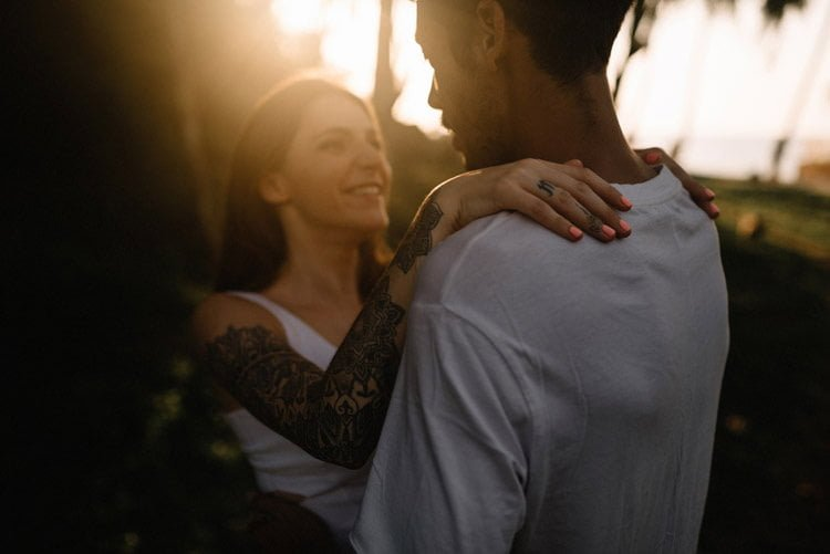 039 thailand wedding photographer koh samui love session couple in love