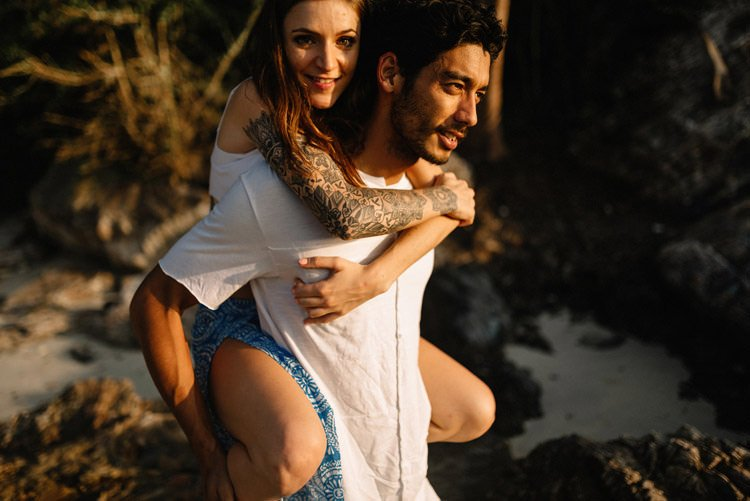 055 thailand wedding photographer koh samui love session couple in love