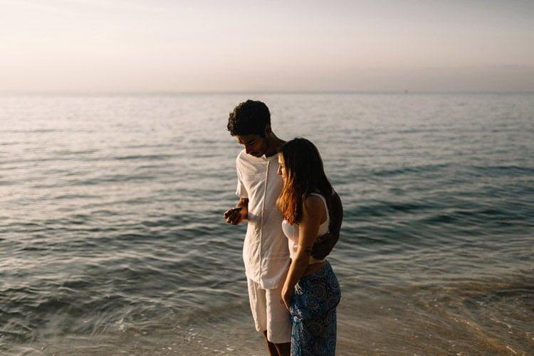 067 thailand wedding photographer koh samui love session couple in love