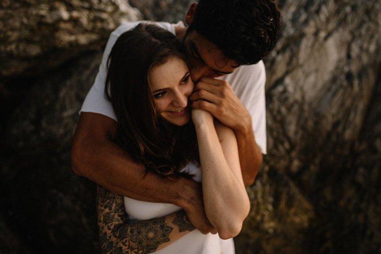 117 thailand wedding photographer koh samui love session couple in love
