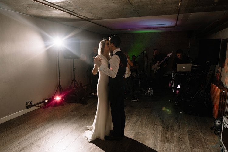 172 medley wedding dublin wedding photographer newman university church