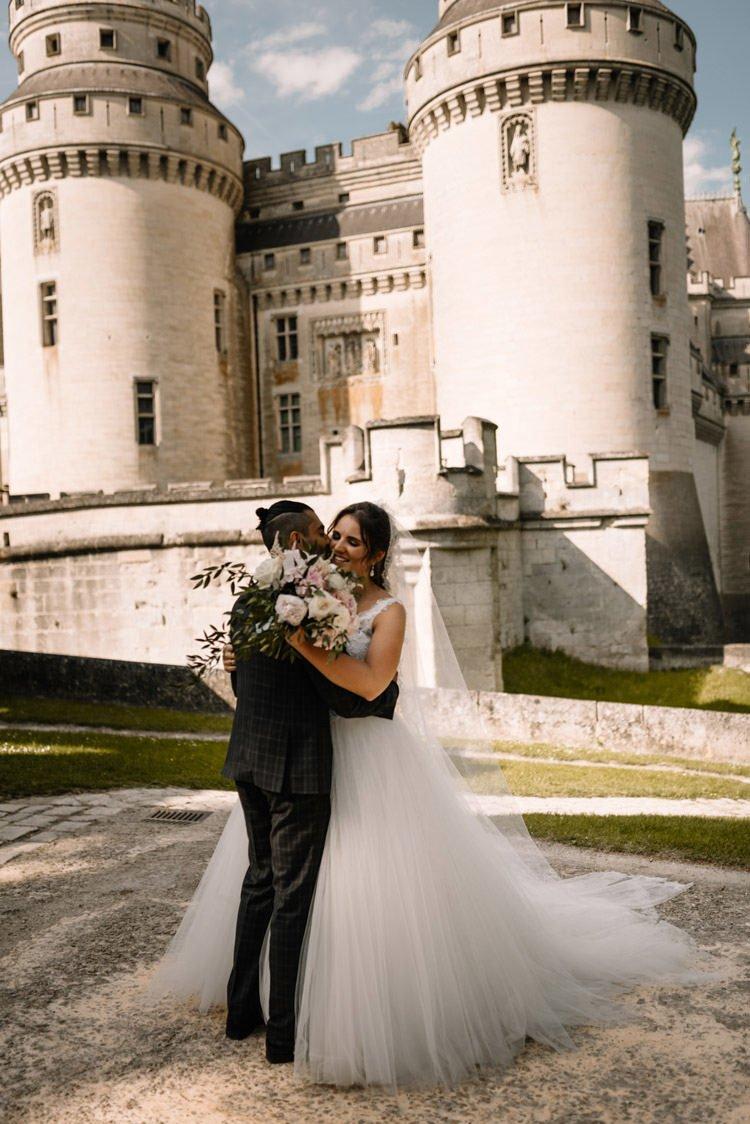 042 photographe de mariage paris destination wedding photographer france chateau de pierrefonds