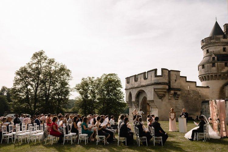 072 photographe de mariage paris destination wedding photographer france chateau de pierrefonds