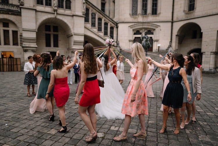 116 photographe de mariage paris destination wedding photographer france chateau de pierrefonds