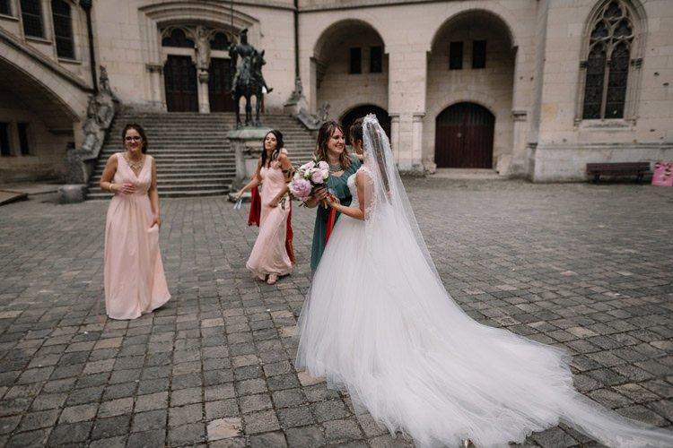 117 photographe de mariage paris destination wedding photographer france chateau de pierrefonds