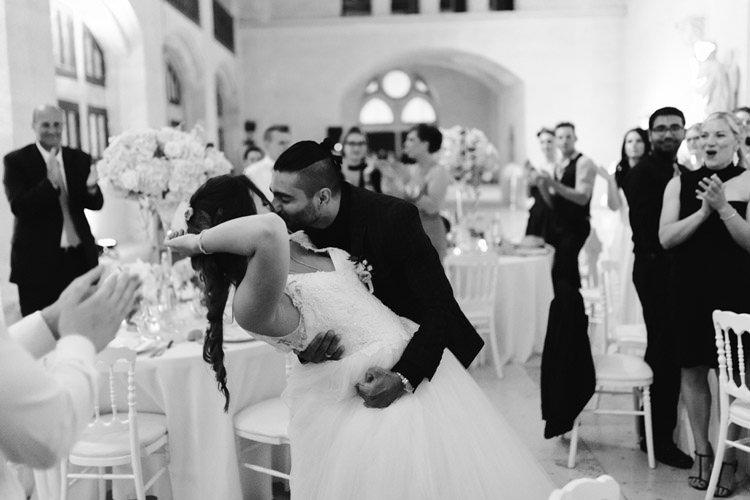 142 photographe de mariage paris destination wedding photographer france chateau de pierrefonds