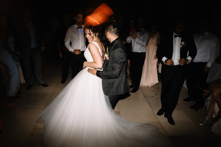 181 photographe de mariage paris destination wedding photographer france chateau de pierrefonds