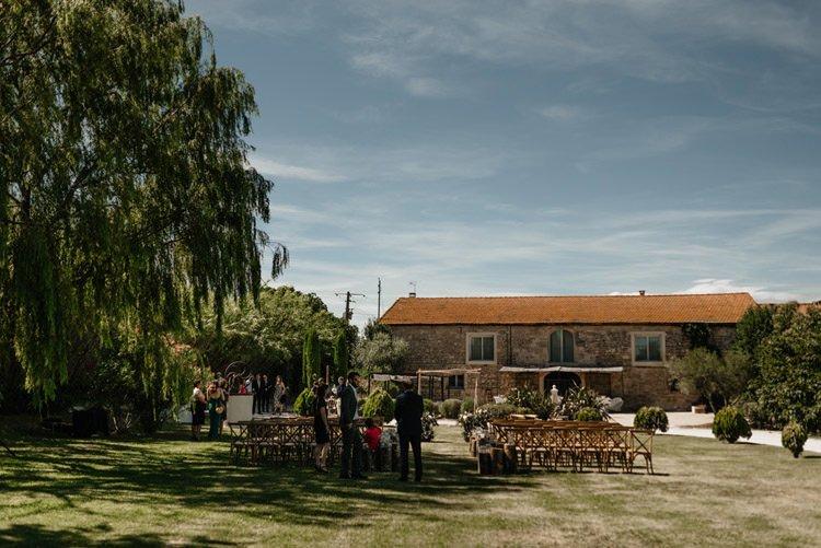 229 mariage au mas des thyms a arles south of france wedding