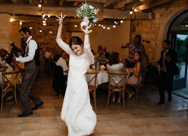 412 mariage au mas des thyms a arles south of france wedding