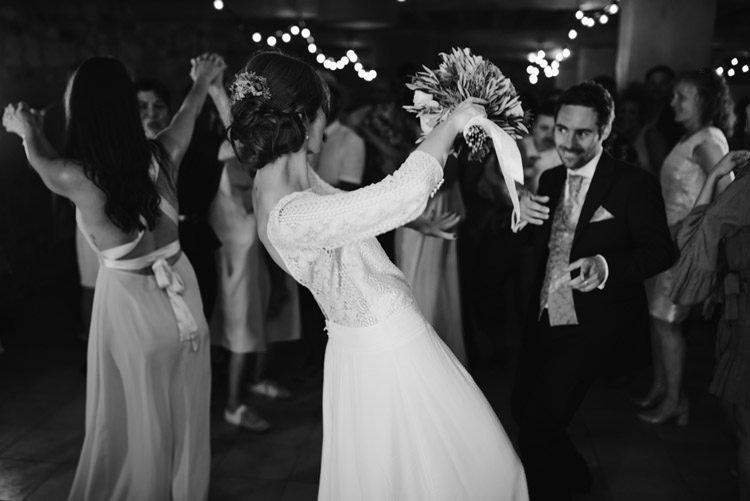 416 mariage au mas des thyms a arles south of france wedding