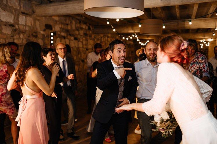417 mariage au mas des thyms a arles south of france wedding