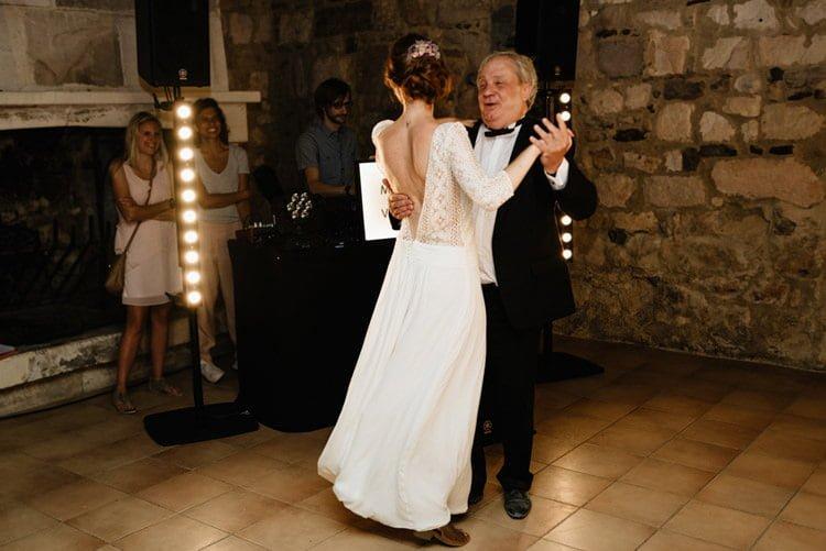 427 mariage au mas des thyms a arles south of france wedding