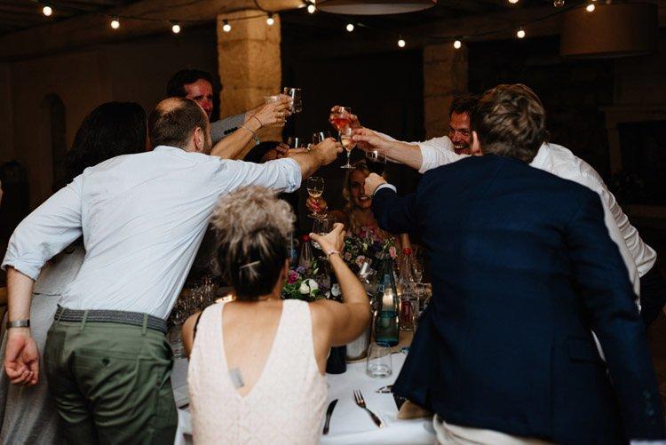 439 mariage au mas des thyms a arles south of france wedding
