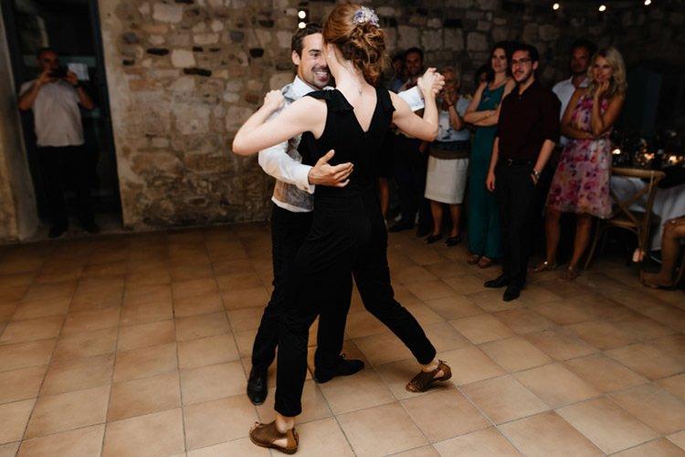 471 mariage au mas des thyms a arles south of france wedding