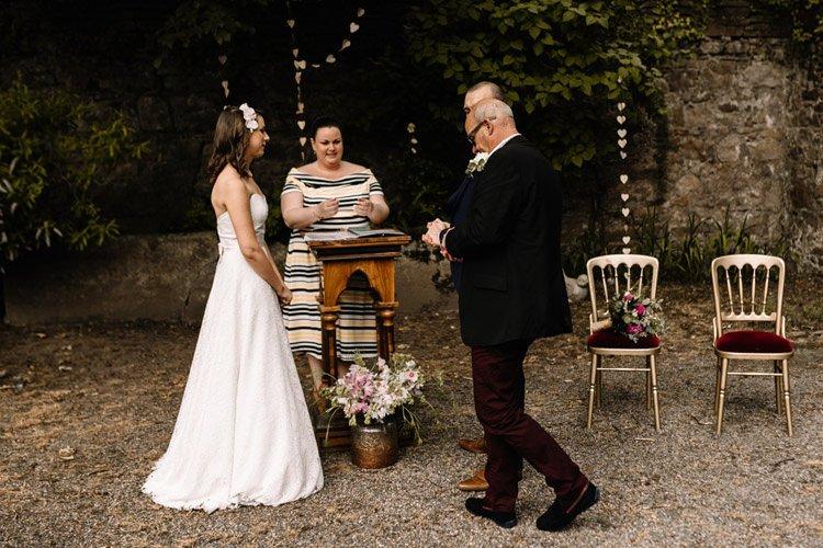 066 roundwood house intimate wedding
