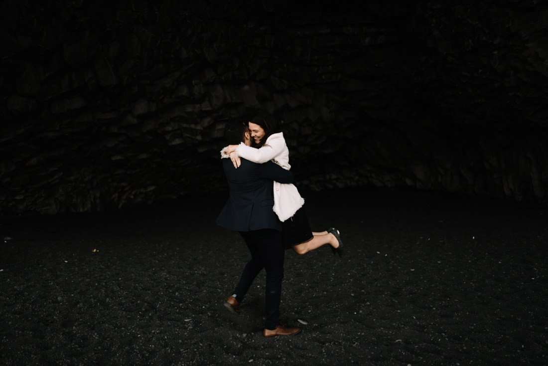 053 engagement session iceland intimate session in mountians